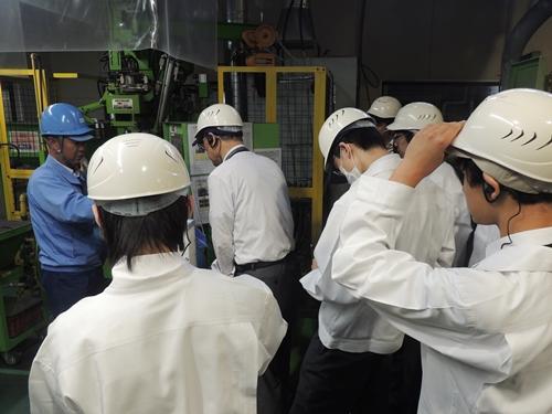 工場見学の様子4