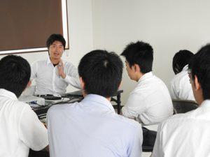 懇談会の様子((株)石井製作所)